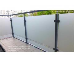 Folie na szklane balustrady balkonowe -Folia na balkon Warszawa